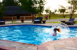 swimming mozambique pool