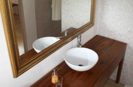 bathroom-view-from-top_L