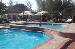 kids_pool_L