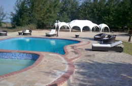 pool_marquee_L