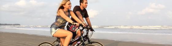 CyclingOnTheBeach